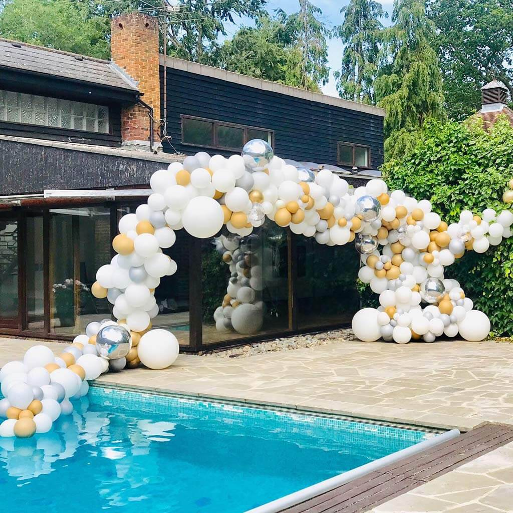 Prom party pool and garden balloon installation Airmagination Surrey 4 1